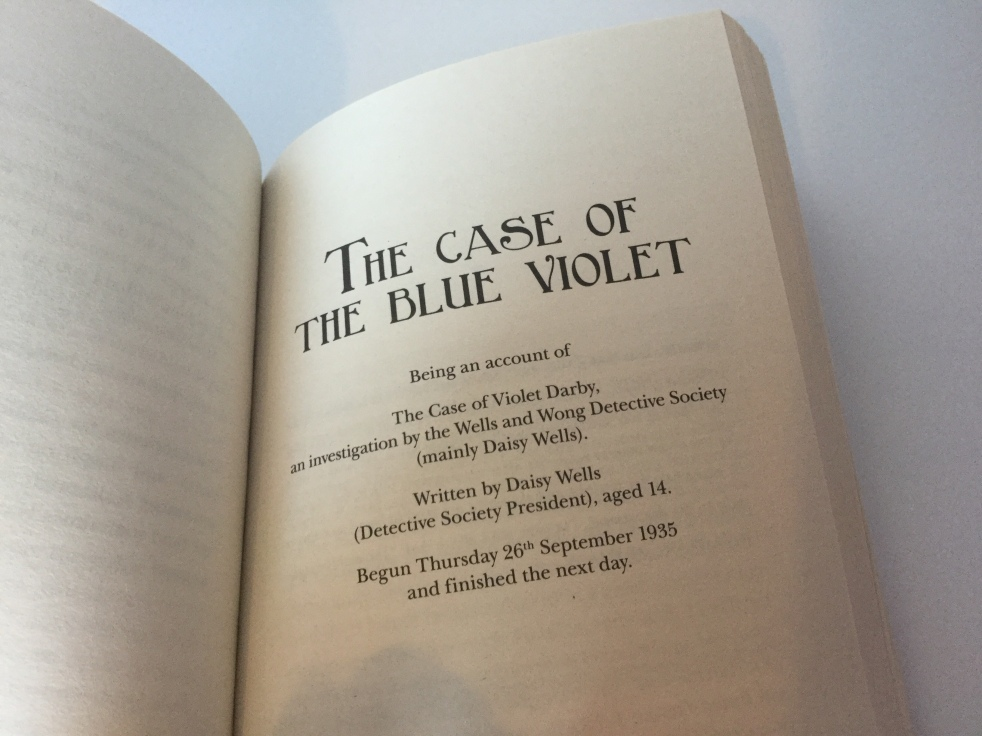 The opening page of The Case of the Blue Violet by Robin Stevens, in Cream Buns and Crime